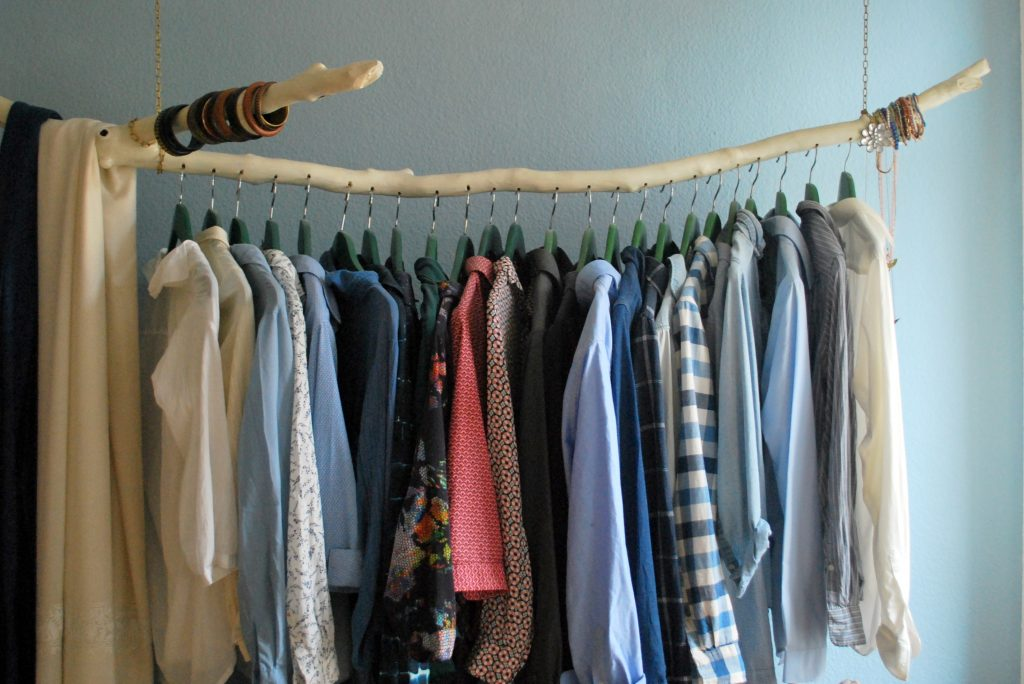 My Thoughts on Decluttering and a Capsule Wardrobe
