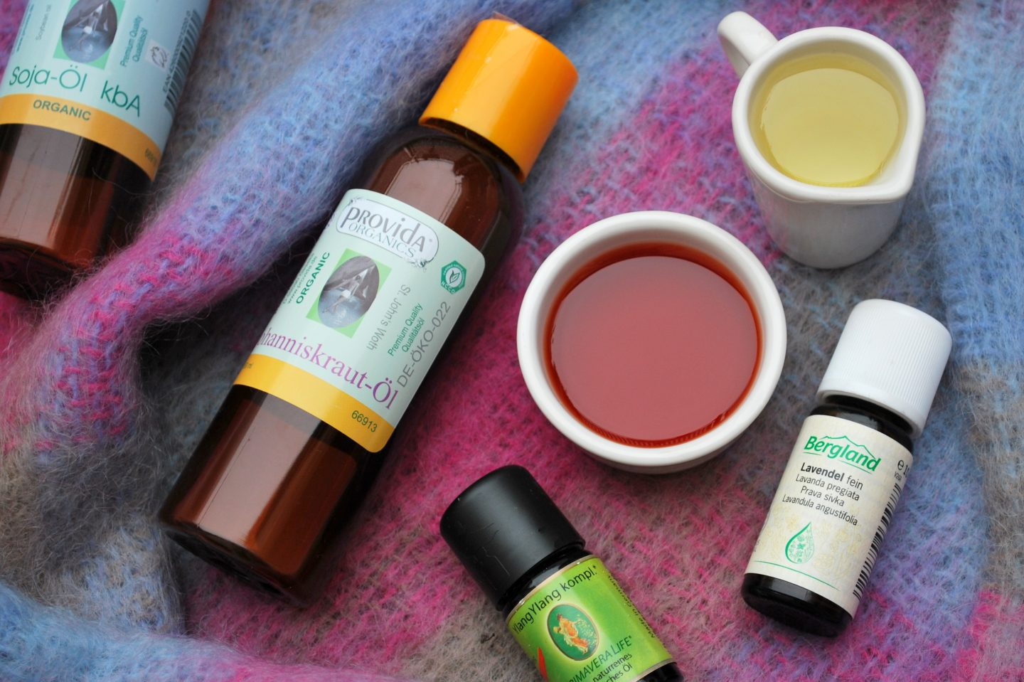How to Survive a German Winter Part 5: Nourishing Face Oils