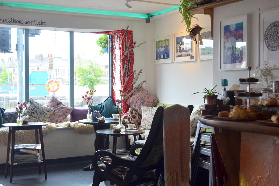 File burger king interior cork ireland 2012 jpg wikimedia commons - Vegan In Cork Ireland Conscious Lifestyle Of Mine