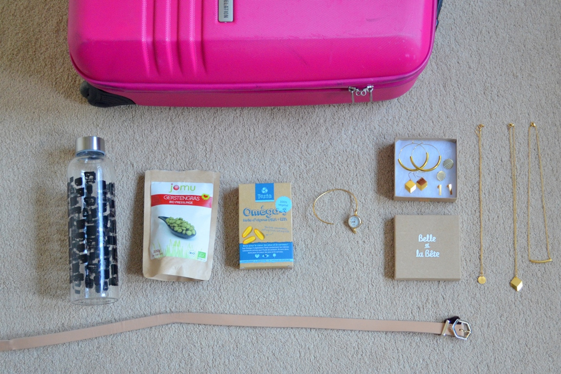 One Week Ireland with Hand Luggage only – What's in my Bag