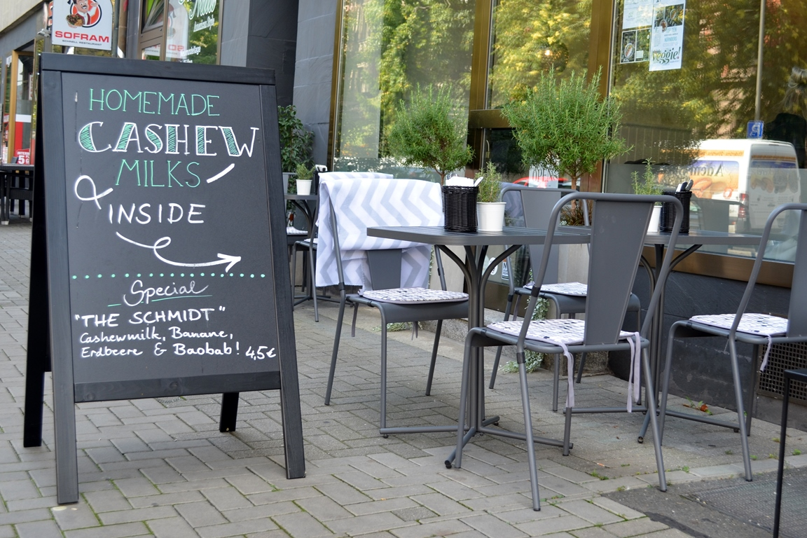 vegan in nuremberg the green restaurant and caf conscious lifestyle of mine. Black Bedroom Furniture Sets. Home Design Ideas