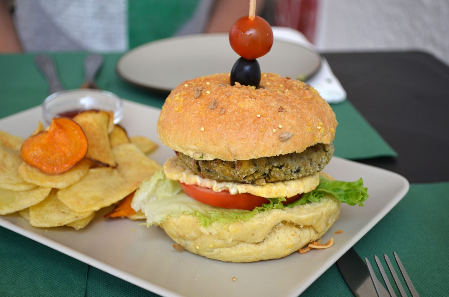 Eating Vegan in Portugal – And General Tips for Eating Vegan when Travelling