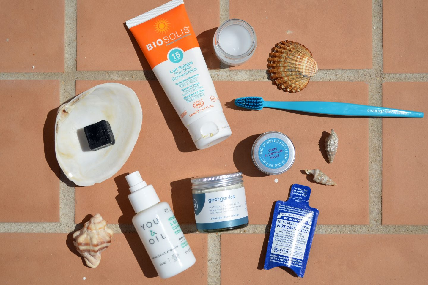 What I Pack for Summer Holiday (Minimal, Less Waste, Natural)
