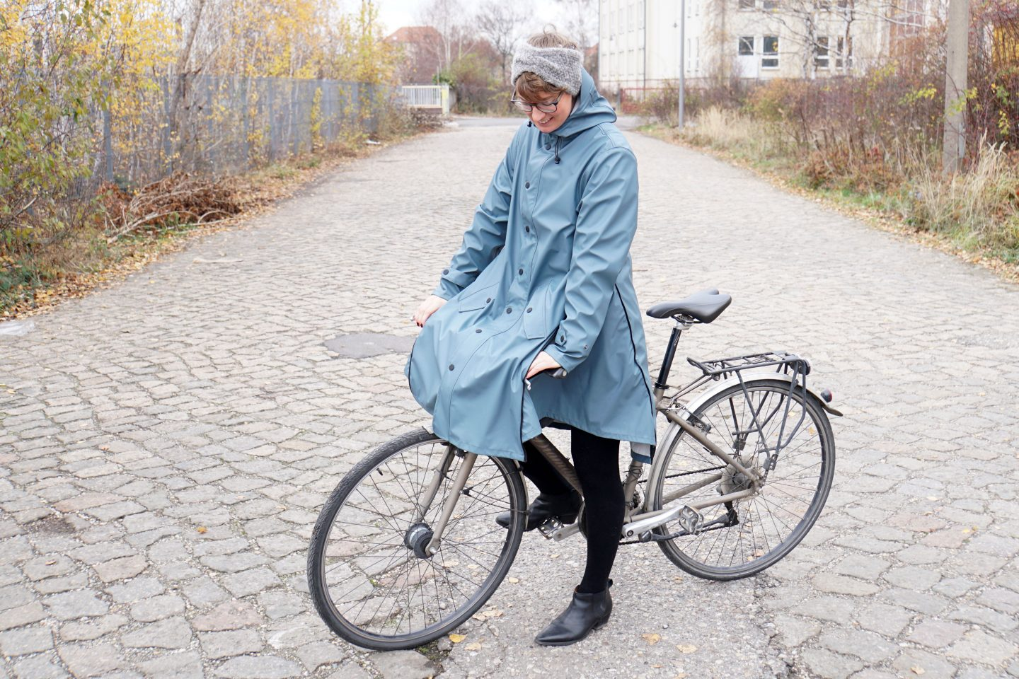 Early Christmas Gift: MAIUM Rain Coat/Cape