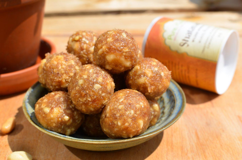 Postpartum Peanut Caramel Bliss Balls | Stillkugeln