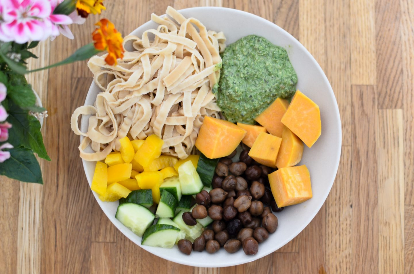 What I Eat in a Day (as a Breastfeeding Vegan)